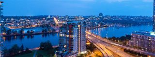 """Main Photo: 2055 38 SMITHE Street in Vancouver: Downtown VW Condo for sale in """"One Pacific"""" (Vancouver West)  : MLS®# R2310342"""