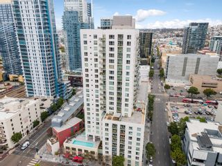 Photo 4: DOWNTOWN Condo for sale : 2 bedrooms : 1240 India #2403 in San Diego