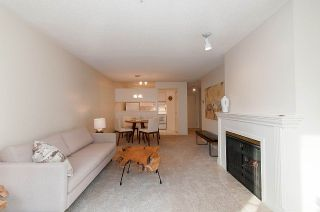 """Photo 3: 210 1230 HARO Street in Vancouver: West End VW Condo for sale in """"1230 HARO"""" (Vancouver West)  : MLS®# R2364139"""