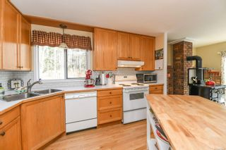 Photo 14: 7608 N Island Hwy in : CV Merville Black Creek House for sale (Comox Valley)  : MLS®# 870847