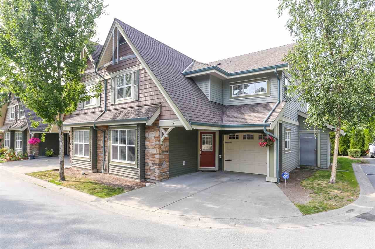 Main Photo: 7 22977 116 Avenue in Maple Ridge: East Central Townhouse for sale : MLS®# R2399326
