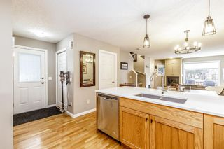 Photo 5: 1 308 14 Avenue NE in Calgary: Crescent Heights Row/Townhouse for sale : MLS®# A1101597