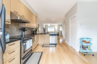 """Photo 7: 21 9628 FERNDALE Road in Richmond: McLennan North Townhouse for sale in """"SONATA PARK"""" : MLS®# R2155174"""