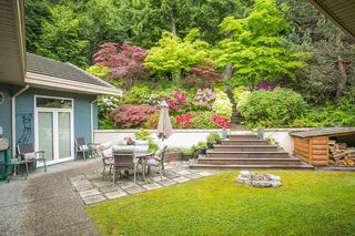 """Photo 18: 159 STONEGATE Drive in West Vancouver: Furry Creek House for sale in """"BENCHLANDS"""" : MLS®# R2069464"""