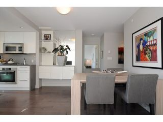 "Photo 6: 2302 1408 STRATHMORE Mews in Vancouver: Yaletown Condo for sale in ""West One"" (Vancouver West)  : MLS®# V1086401"
