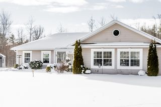 Photo 3: 961 Bradley Street in Wilmot: 400-Annapolis County Residential for sale (Annapolis Valley)  : MLS®# 202101232