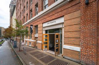 """Photo 18: 303 546 BEATTY Street in Vancouver: Downtown VW Condo for sale in """"Crane Lofts"""" (Vancouver West)  : MLS®# R2623149"""