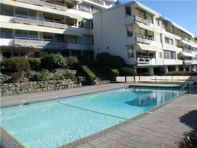 "Main Photo: 215 2290 MARINE Drive in West Vancouver: Dundarave Condo for sale in ""SEAVIEW GARDENS"" : MLS®# V860353"