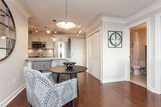 "Photo 13: PH9 15357 ROPER Avenue: White Rock Condo for sale in ""REGENCY COURT"" (South Surrey White Rock)  : MLS®# R2425808"