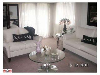 """Photo 3: 207 33956 ESSENDENE Avenue in Abbotsford: Central Abbotsford Condo for sale in """"Hillcrest Manor"""" : MLS®# R2104673"""