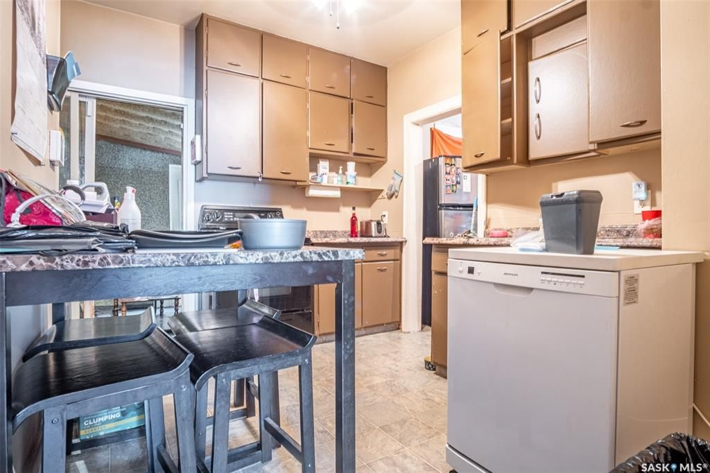 Photo 15: Photos: 2105 20th Street West in Saskatoon: Pleasant Hill Residential for sale : MLS®# SK863933