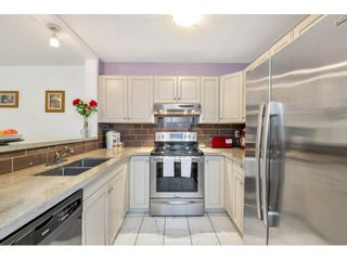 """Photo 3: 213 6939 GILLEY Avenue in Burnaby: Highgate Condo for sale in """"Ventura Place"""" (Burnaby South)  : MLS®# R2500261"""