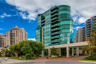 Photo 1: 604 837 2 Avenue SW in Calgary: Eau Claire Apartment for sale : MLS®# C4268169
