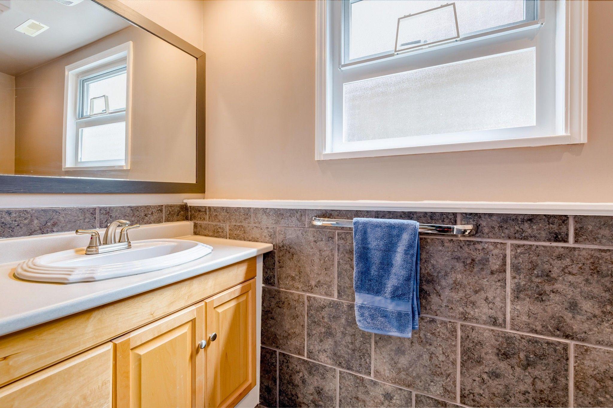 Photo 19: Photos:  in : Southwest Maple Ridge House for sale (Maple Ridge)  : MLS®# R2455980