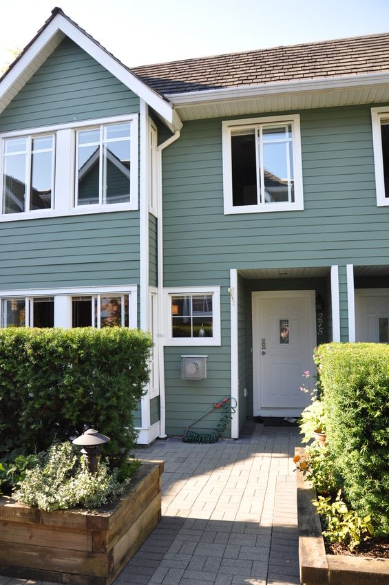 Main Photo:  in North Vancouver: Lower Lonsdale Home for sale ()