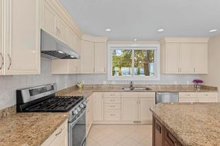 """Photo 11: 13576 13A Avenue in Surrey: Crescent Bch Ocean Pk. House for sale in """"Waterfront Ocean Park"""" (South Surrey White Rock)  : MLS®# R2606247"""