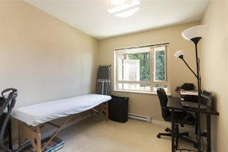 """Photo 12: 302 3105 LINCOLN Avenue in Coquitlam: New Horizons Condo for sale in """"WINDSOR GATE BY POLYGON"""" : MLS®# R2154112"""