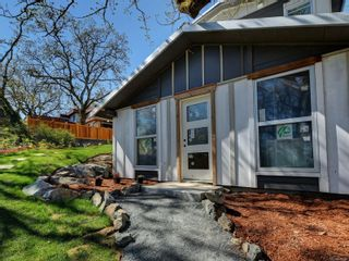 Photo 31: 1542 Athlone Dr in : SE Cedar Hill House for sale (Saanich East)  : MLS®# 879488