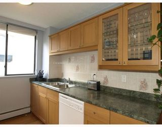 """Photo 6: 303 540 LONSDALE Avenue in North_Vancouver: Lower Lonsdale Condo for sale in """"Grosvenor Place"""" (North Vancouver)  : MLS®# V757552"""