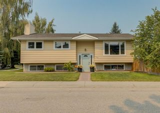 Main Photo: 948 Cannock Road SW in Calgary: Canyon Meadows Detached for sale : MLS®# A1134797
