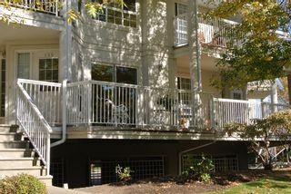 Photo 3: 130 1200 Cameron Avenue in Kelowna: Kelowna South House for sale : MLS®# 10110502