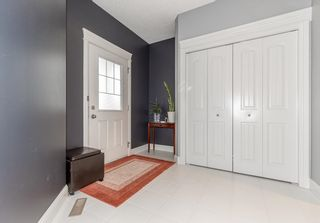 Photo 5: 1436 CHAHLEY Place in Edmonton: Zone 20 House for sale : MLS®# E4245265