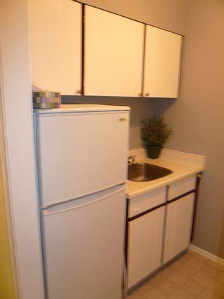 """Photo 6: 114 11816 88TH Avenue in Delta: Annieville Condo for sale in """"Sungod Villa"""" (N. Delta)  : MLS®# F2717365"""