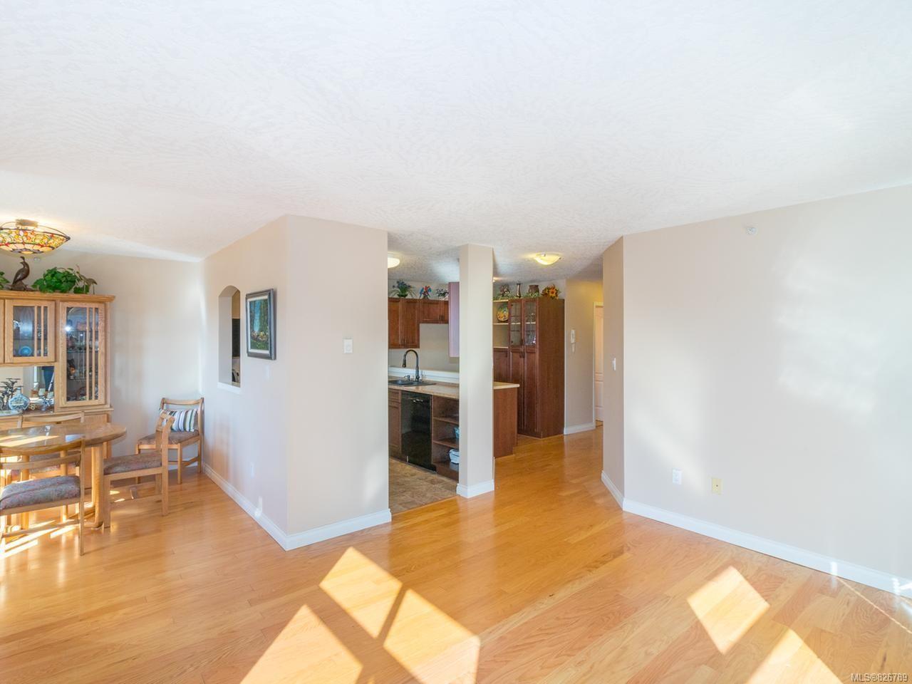 Photo 10: Photos: 304 330 Brae Rd in DUNCAN: Du West Duncan Condo for sale (Duncan)  : MLS®# 826789