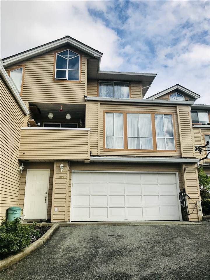 Main Photo: 1122 CLERIHUE Road in Port Coquitlam: Citadel PQ Townhouse for sale : MLS®# R2355675