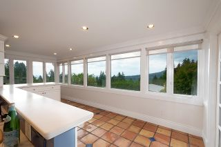 Photo 13: 5123 REDONDA Drive in North Vancouver: Canyon Heights NV House for sale : MLS®# R2613426