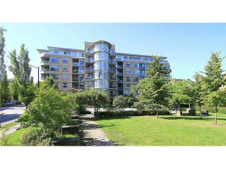 """Photo 1: 308 2655 CRANBERRY Drive in Vancouver: Kitsilano Condo for sale in """"NEW YORKER"""" (Vancouver West)  : MLS®# V1017086"""