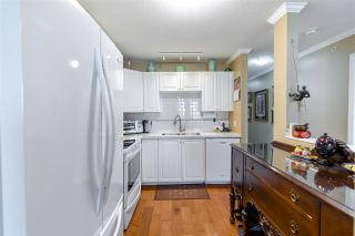 """Photo 19: 907 612 SIXTH Street in New Westminster: Uptown NW Condo for sale in """"The Woodward"""" : MLS®# R2505938"""