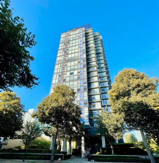 """Photo 1: 1602 1723 ALBERNI Street in Vancouver: West End VW Condo for sale in """"THE PARK"""" (Vancouver West)  : MLS®# R2613268"""