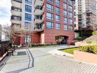 """Photo 18: 803 813 AGNES Street in New Westminster: Downtown NW Condo for sale in """"The News"""" : MLS®# R2435309"""