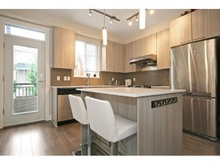 Photo 2: 38 19433 W 68th Avenue in Langley: Clayton Townhouse for sale : MLS®# F1449110
