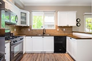 """Photo 11: 49 5999 ANDREWS Road in Richmond: Steveston South Townhouse for sale in """"RIVERWIND"""" : MLS®# R2369191"""
