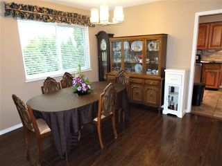 "Photo 3: 15109 SPENSER Court in Surrey: Bear Creek Green Timbers House for sale in ""Maple Green"" : MLS®# R2541206"