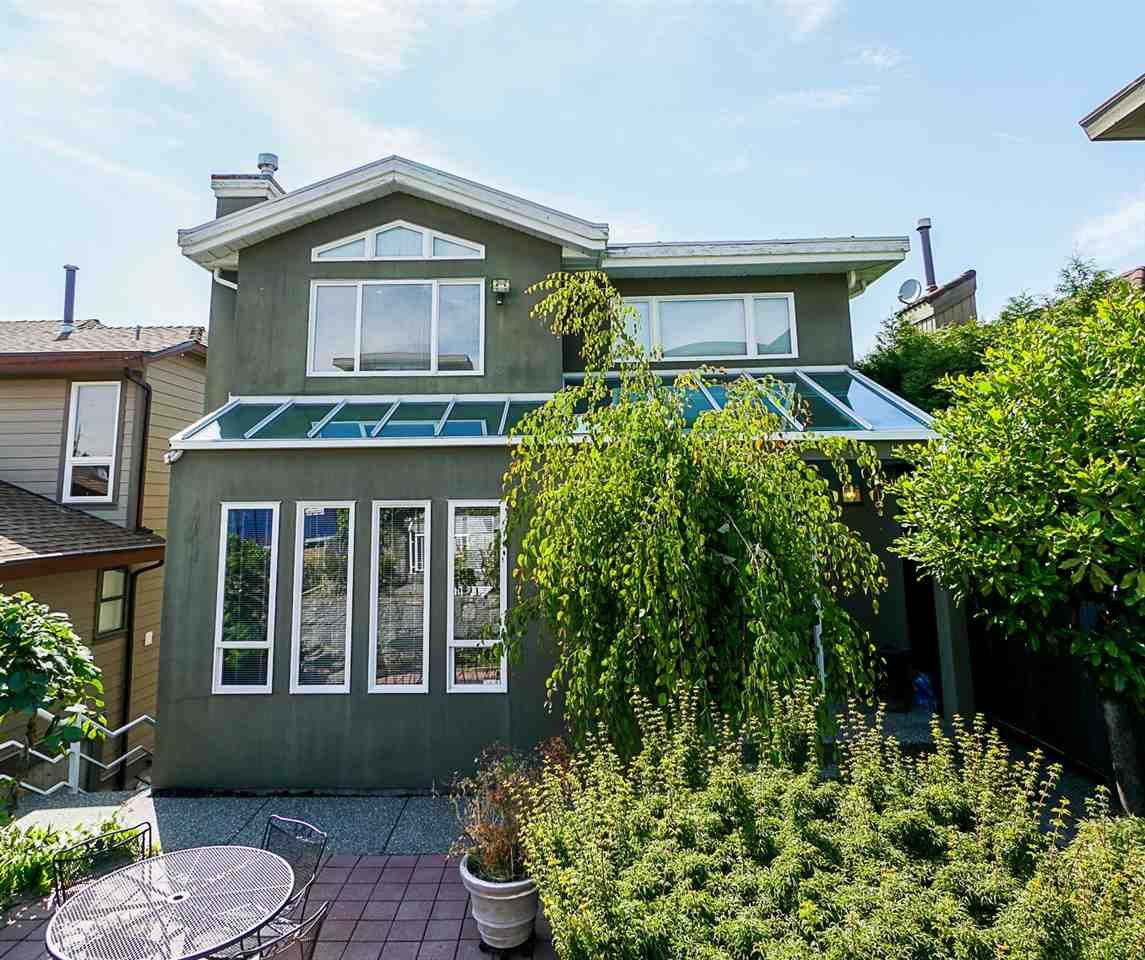 Main Photo: 191 N GLYNDE Avenue in Burnaby: Capitol Hill BN House for sale (Burnaby North)  : MLS®# R2383814