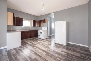 Photo 6: 452 Boyd Avenue in Winnipeg: North End Residential for sale (4A)  : MLS®# 202124235