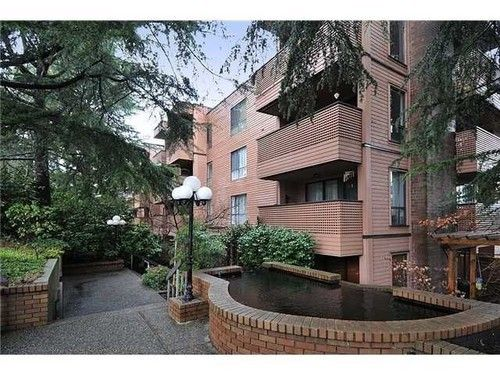 Main Photo: 207 2211 2ND Ave W in Vancouver West: Home for sale : MLS®# V997595