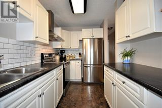 Photo 3: 3132 Bradwell Street in Hinton: House for sale : MLS®# A1049230