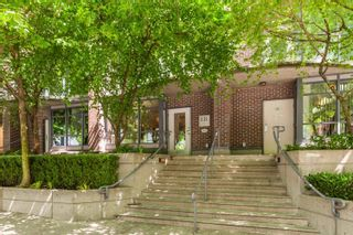 """Photo 32: 883 HELMCKEN Street in Vancouver: Downtown VW Townhouse for sale in """"The Canadian"""" (Vancouver West)  : MLS®# R2594819"""