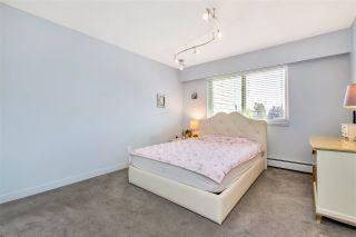 "Photo 15: 301 1429 MERKLIN Street: White Rock Condo for sale in ""KENSINGTON MANOR"" (South Surrey White Rock)  : MLS®# R2470817"