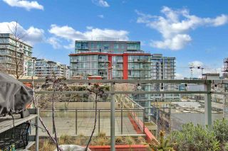 """Photo 1: 810 88 W 1ST Avenue in Vancouver: False Creek Condo for sale in """"THE ONE"""" (Vancouver West)  : MLS®# R2545345"""