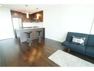 Photo 3: # 705 7117 ELMBRIDGE WY in Richmond: Brighouse Condo for sale : MLS®# V1106196