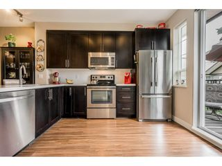 """Photo 7: 40 4967 220 Street in Langley: Murrayville Townhouse for sale in """"Winchester"""" : MLS®# R2393390"""