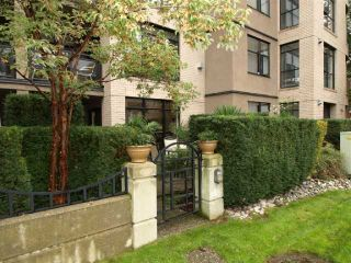 "Photo 10: 103 2181 W 10TH Avenue in Vancouver: Kitsilano Condo for sale in ""THE TENTH AVE"" (Vancouver West)  : MLS®# V793542"