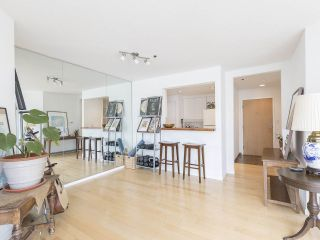 """Photo 13: 406 1551 MARINER Walk in Vancouver: False Creek Condo for sale in """"LAGOONS"""" (Vancouver West)  : MLS®# R2548149"""