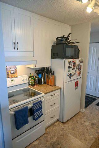 Photo 4: 1404 11307 99 Avenue in Edmonton: Zone 12 Condo for sale : MLS®# E4247879