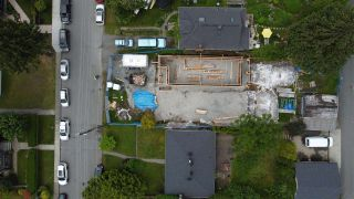 Photo 4: 416 E 16 Street in North Vancouver: Central Lonsdale House for sale : MLS®# R2591234